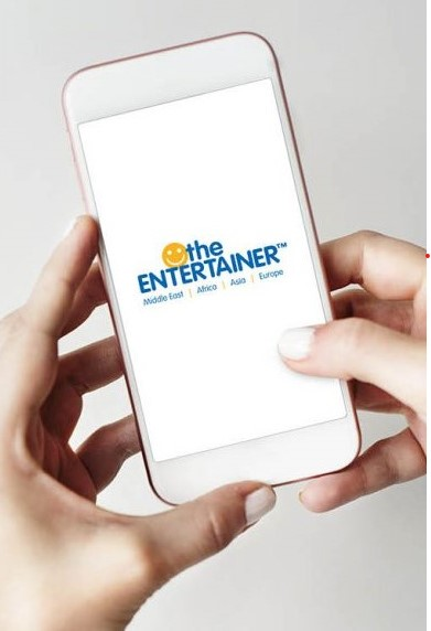 FNB renews their partnership with the Entertainer App